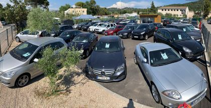 Centre multimarques AZUR SOLUTIONS AUTO