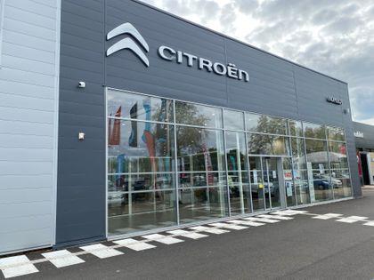 Concessionnaire Citroën Village Automobile by Nomblot